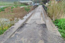 Κινδύνους εγκυμονεί το γεφυράκι στην περιοχή Λάμια
