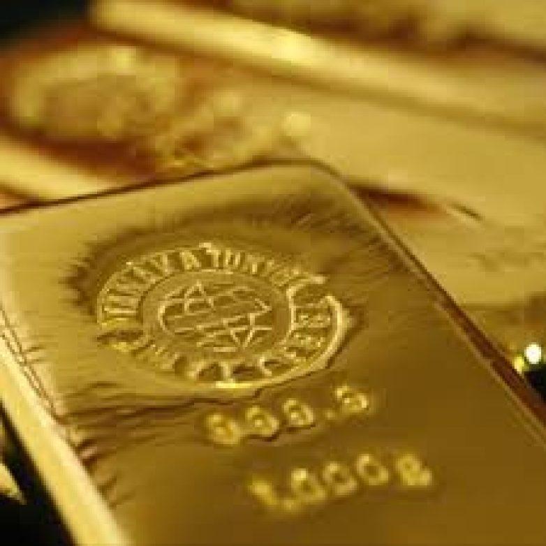 Πτώση για χρυσό και πετρέλαιο