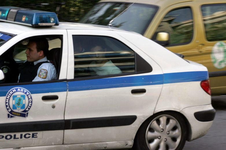 Σύλληψη δύο ατόμων για απόπειρα κλοπής
