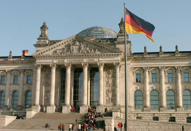 Βασικός φόβος των Γερμανών η κρίση στην Ευρωζώνη, σύμφωνα με έρευνα
