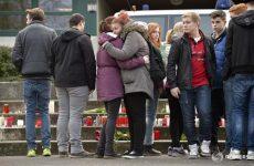 Θρήνος στο σχολείο των θυμάτων της αεροπορικής τραγωδίας στις Άλπεις