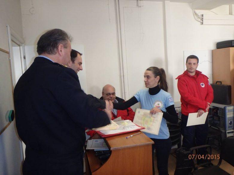 Απονομή βεβαιώσεων σε εθελοντές της ΛΕΔ