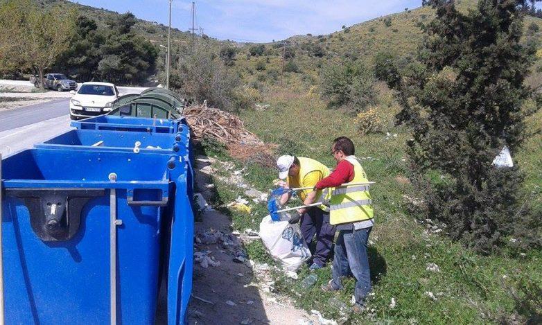 Συνεχίστηκε ο καθαρισμός των ακτών στον Αγ.Στέφανο