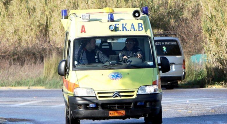 Σε αποχή από τη Δευτέρα τα πληρώματα του ΕΚΑΒ και στο Βόλο