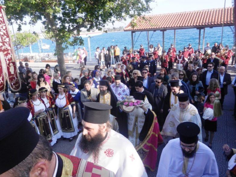 Πάνδημη υποδοχή του ιερού Λειψάνου του Αγ. Γεωργίου στην Αγριά