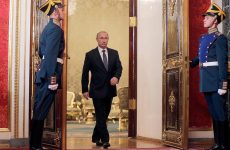 Πούτιν: Ενισχυμένη υποστήριξη στον Άσαντ χωρίς χερσαίες δυνάμεις στην Συρία