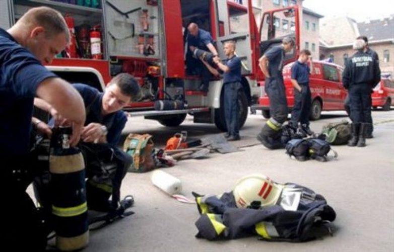 Άσκηση σε πυρκαγιά με εγκλωβισμένο τραυματία σε εργοστάσιο