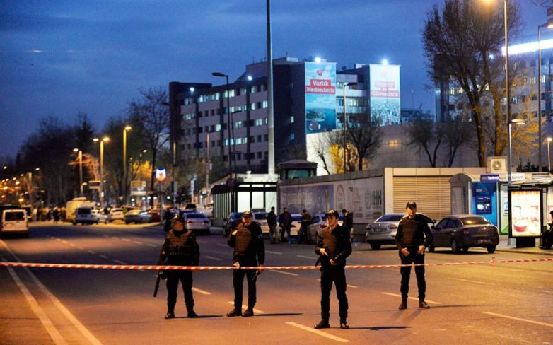 «Κυνηγητό» για τη σύλληψη των τρομοκρατών στην Τουρκία