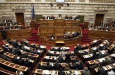 Με 156 «υπέρ» η σύσταση εξεταστικής επιτροπής για τα μνημόνια