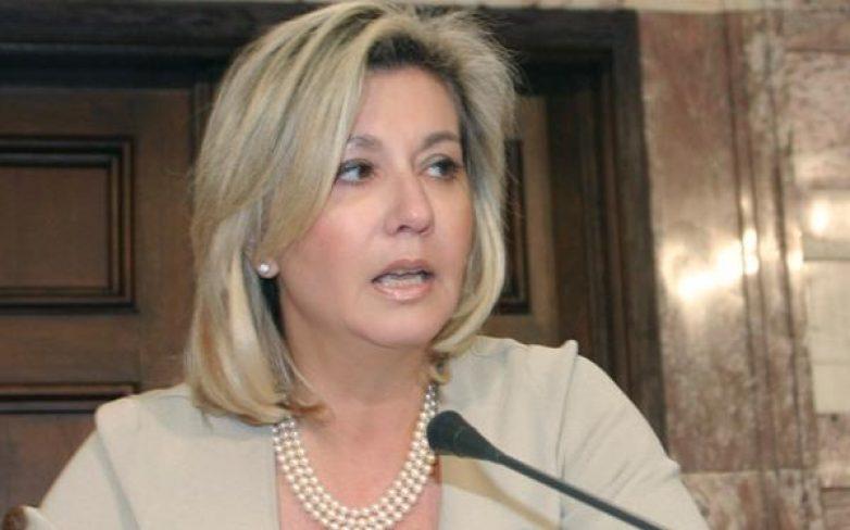 Νέα πρόεδρος στο Δ.Σ. Πολιτικού Συνδέσμου Γυναικών Ελλάδας η Ζέττα Μακρή