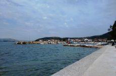Προς συντήρηση και επισκευή η κεντρική παραλία της Αγριάς