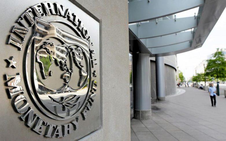 Αναδιάρθρωση του ελληνικού χρέους ζητά το ΔΝΤ