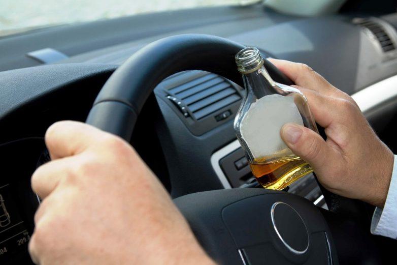 Μεθυσμένος οδηγός έβριζε τους αστυνομικούς της Τροχαίας