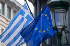Κομισιόν και ΕΚΤ επεξεργάζονται σχέδιο δήλωσης για ελάφρυνση χρέους