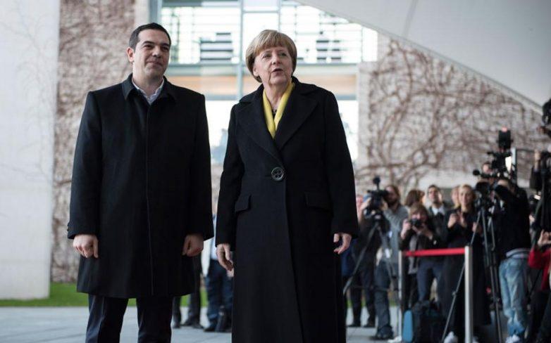 Bloomberg: Διάγγελμα για την Ελλάδα ετοιμάζει η Μέρκελ