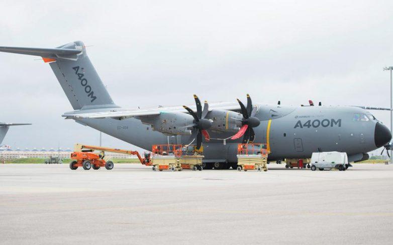 Συντριβή στρατιωτικού αεροσκάφους στη Σεβίλλη
