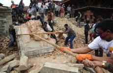 Ξεπέρασαν τους 6000 οι νεκροί από τον σεισμό του Νεπάλ