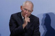 Β.Σόιμπλε: «Υπάρχει μόνο μία ευρωπαϊκή λύση για την προσφυγική κρίση»