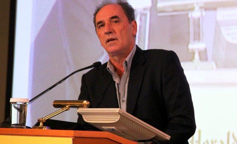 Στο Βόλο ο υπουργός Οικονομίας Γιώργος Σταθάκης