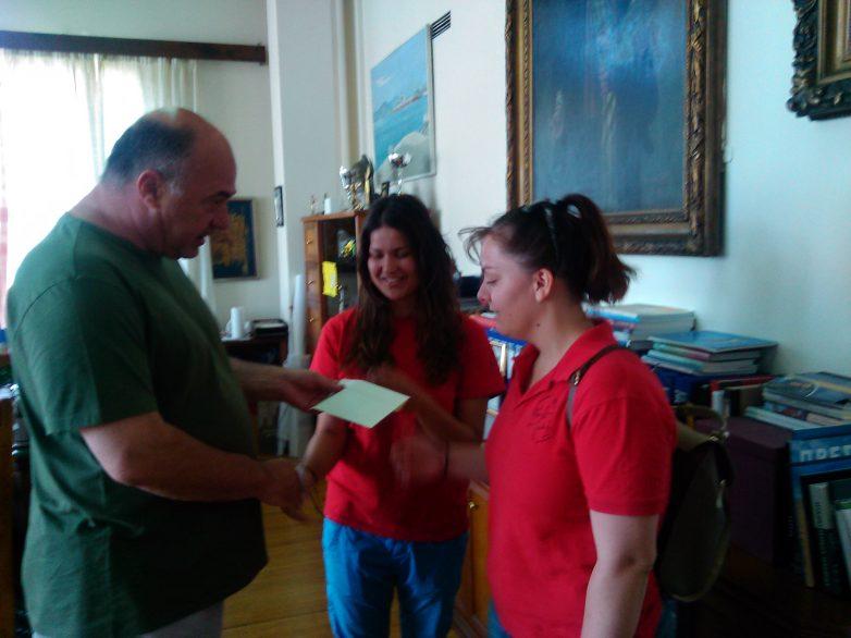Ποσό 1.000 ευρώ έδωσε ο δήμαρχος Βόλου  στη  φοιτητική ομάδα του Π.Θ. «Κένταυρος»