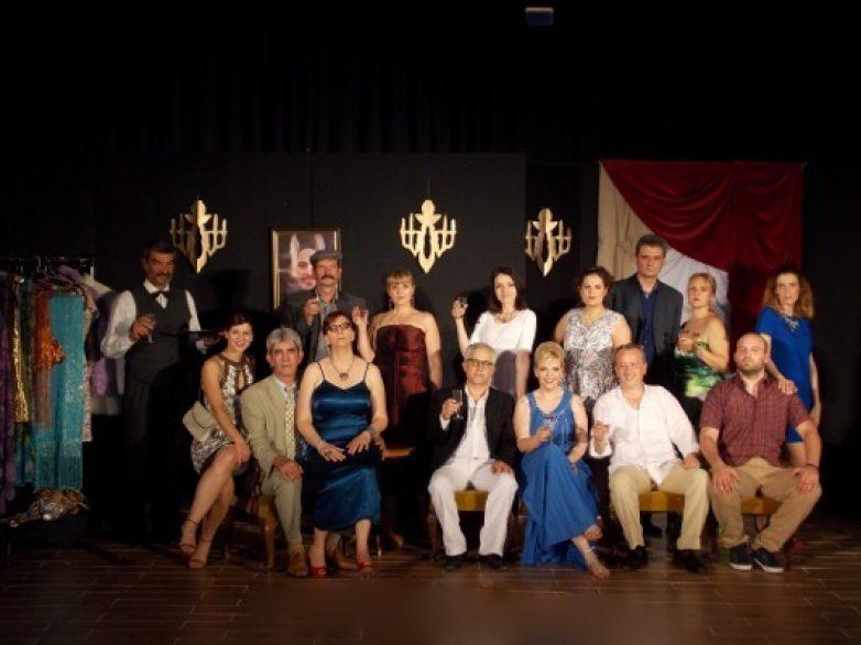 Με μεγάλη επιτυχία οι παραστάσεις της θεατρική ομάδα του Δήμου Ρήγα Φεραίου