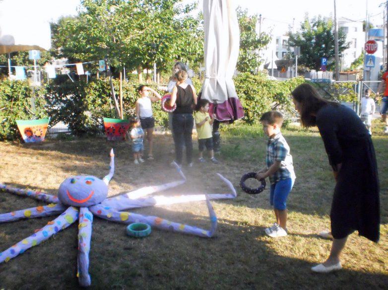Kαλοκαιρινή  γιορτή  λήξης  του  Βρεφονηπιακού  Σταθμού  Αρτέμιδας  «Τα  Ζουζουνάκια»