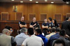 «Μάχη» για την παράσταση της πολιτικής αγωγής στη δίκη της Χ.Α.