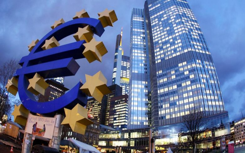 Reuters:Φόβοι ΕΚΤ για το άνοιγμα των ελληνικών τραπεζών τη Δευτέρα