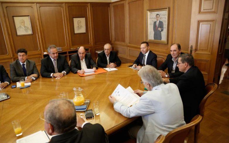 Σύσκεψη ΤτΕ: Υπουργική απόφαση για τις τράπεζες εντός της ημέρας