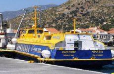 Aκινητοποιημένα τα πλοία σε Βόλο και Β. Σποράδες