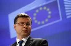 Β. Ντομπρόφσκις: Το ΌΧΙ  χειροτέρευσε τη διαπραγματευτική θέση της ελληνικής κυβέρνησης