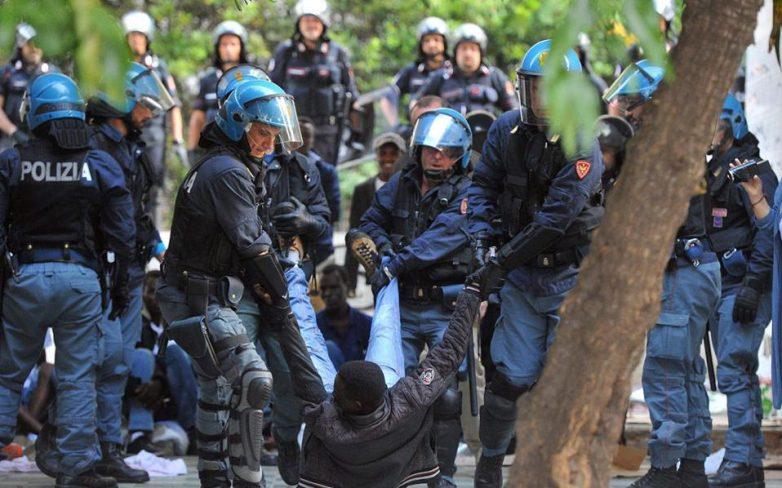 Η Γαλλία αδυνατεί να διαχειριστεί τους μετανάστες