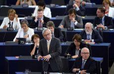 Γιουνκέρ: Η λύση στο ελληνικό πρόβλημα εξαρτάται από τον Τσίπρα