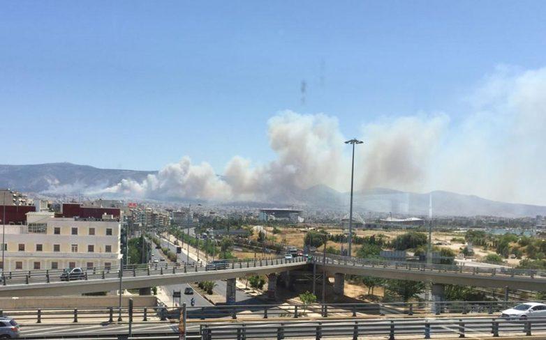 Πυρκαγιές σε Βύρωνα και Κορωπί