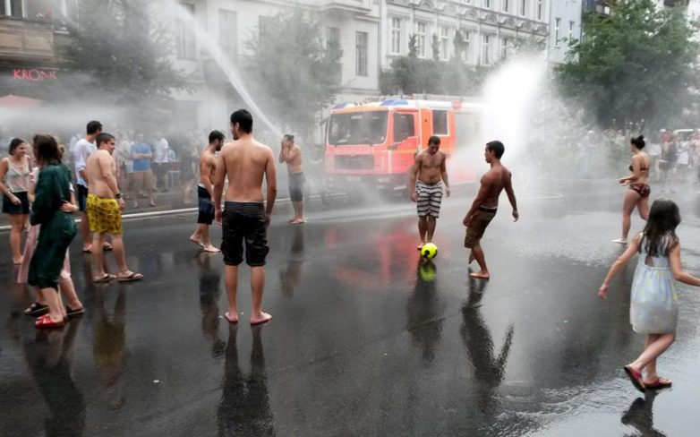 Σε συναγερμό λόγω καύσωνα η Ευρώπη