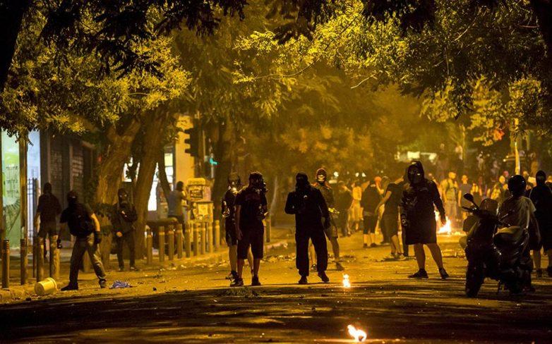 Επιθέσεις αναρχικών κατά αστυνομικών