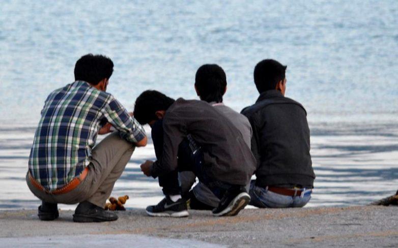 Ελεύθεροι αφέθηκαν  οι 23 μετανάστες