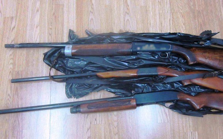 Συλλήψεις για αγοραπωλησία όπλων