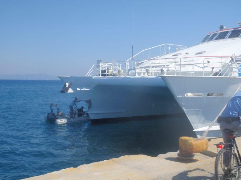 Προσωρινοί περιορισμοί στις θαλάσσιες μεταφορές που συνδέονται με την Ελλάδα