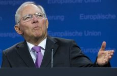 Διαψεύδει το γερμανικό ΥΠΟΙΚ τα περί παραίτησης Σόιμπλε