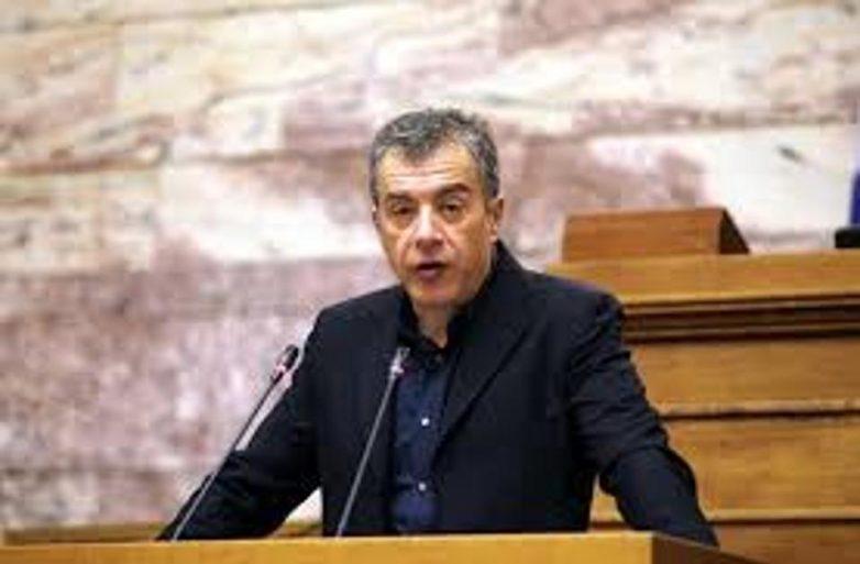 Νέες αιχμές Στ. Θεοδωράκη κατά του πρωθυπουργού για τον ανασχηματισμό