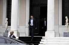 Τσίπρας: «Ορισμένοι επιχειρούν λαθροχειρία»