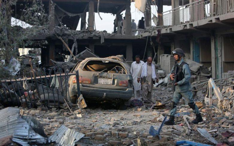 Αφγανιστάν: Οκτώ νεκροί και πάνω από 100 τραυματίες από παγιδευμένο αυτοκίνητο
