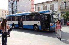 """Οδηγός αστικού λεωφορείου παρέσυρε ποδηλάτη και """"έφαγε"""" 23 μήνες"""