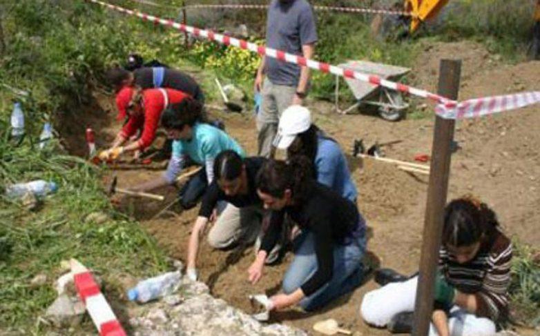 Κύπρος: Ψάχνουν για ομαδικό τάφο στον Τράχωνα