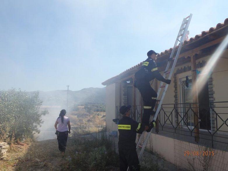 Πυρκαγιά σε καμινάδα τζακιού κατέστρεψε  στέγη σπιτιού στις Γλαφυρές