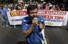 Διαδηλώσεις στο κέντρο κατά της συμφωνίας