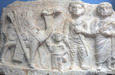 UNESCO: «Εγκλημα πολέμου» ο βομβαρδισμός αρχαίου ναού από το ΙΚ στην Παλμύρα