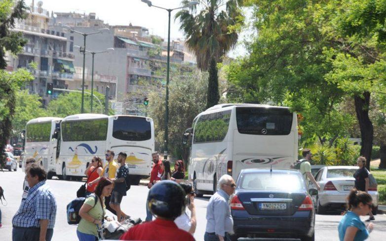 Ανω των 10 εκατ. οι οδικές αφίξεις στην Ελλάδα φέτος
