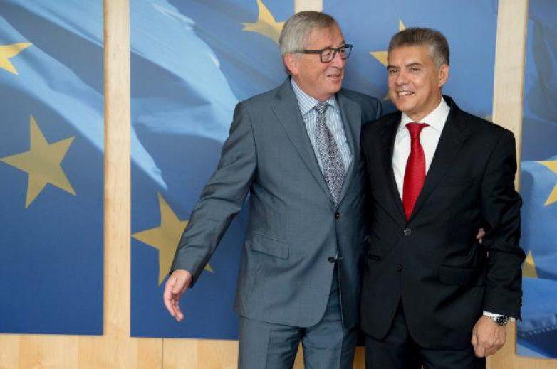 Συνάντηση προέδρου της ΕΝΠΕ Κ. Αγοραστού με τον πρόεδρο της Ε.Ε. Ζαν Κλωντ Γιούνκερ